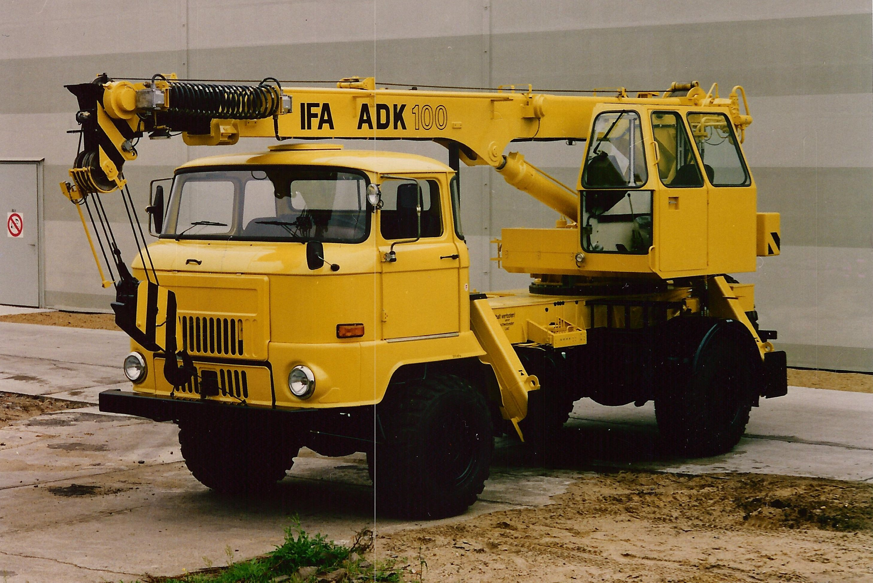 Liebherr Mobile Crane Spare Parts : Products intertehna